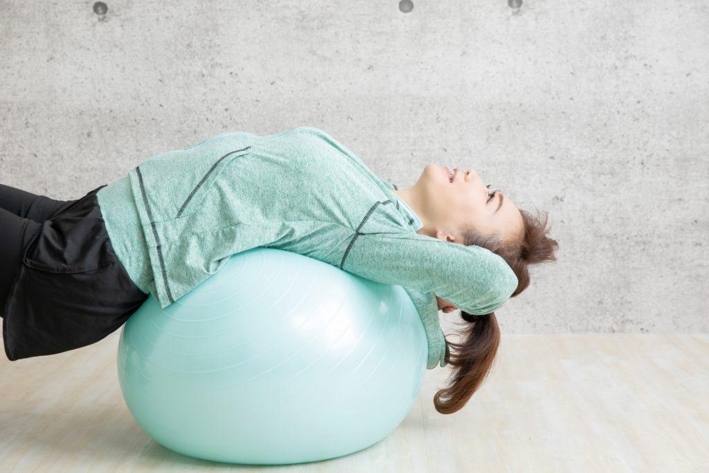 介護の職業病?腰痛予防の教科書アイキャッチ